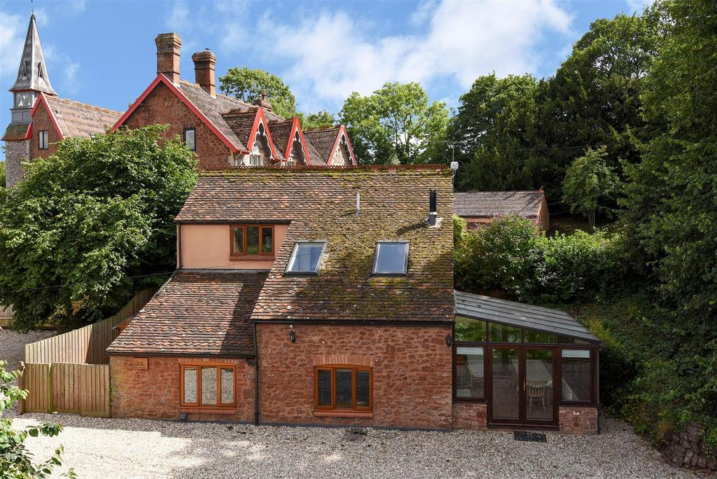 3 Bedrooms Detached House for sale in Heathfield about 0.5 Acre