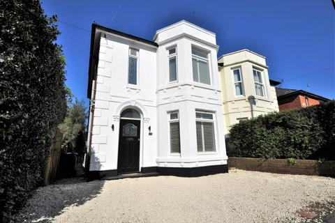 3 bedroom semi-detached house for sale - Bitterne Village, Southampton
