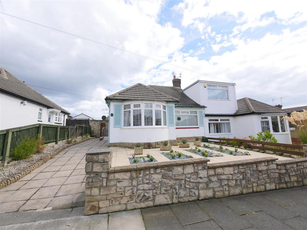 2 Bedrooms Semi Detached Bungalow for sale in Woodland Drive, Sunderland