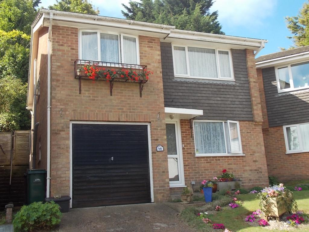 4 Bedrooms Detached House for sale in Westfield Rise, Saltdean