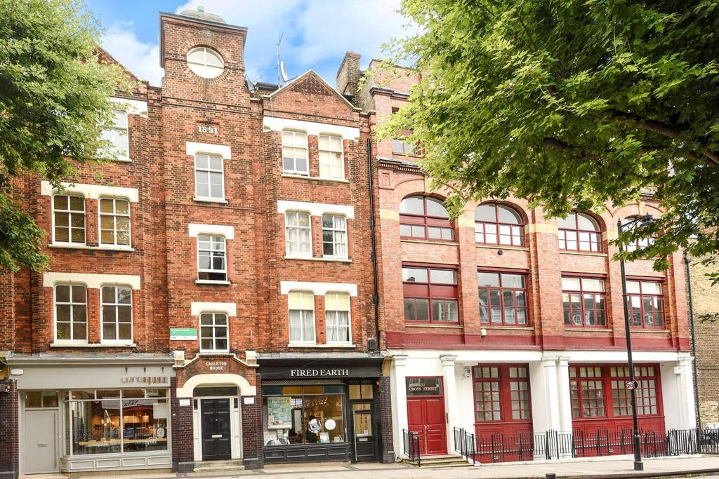 2 Bedrooms Flat for sale in Cross Street, Islington