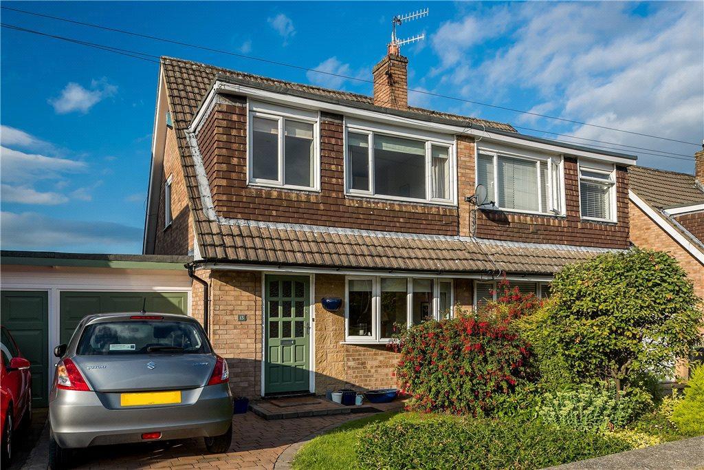 3 Bedrooms Semi Detached House for sale in Littondale Close, Baildon, West Yorkshire