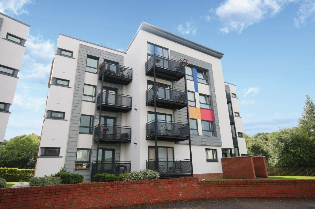 2 Bedrooms Ground Flat for sale in 0/3, 94 Shuna Crescent, Maryhill, Glasgow, G20 9QS
