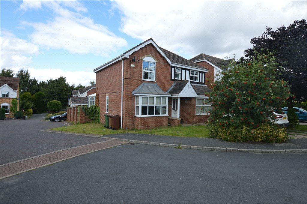4 Bedrooms Detached House for sale in Greenside Court, New Crofton, Wakefield, West Yorkshire