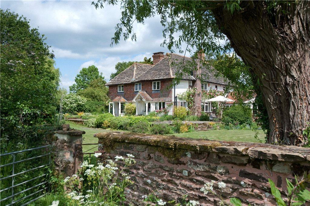 6 Bedrooms Country House Character Property for sale in West Chiltington Lane, Coneyhurst, Billingshurst, West Sussex
