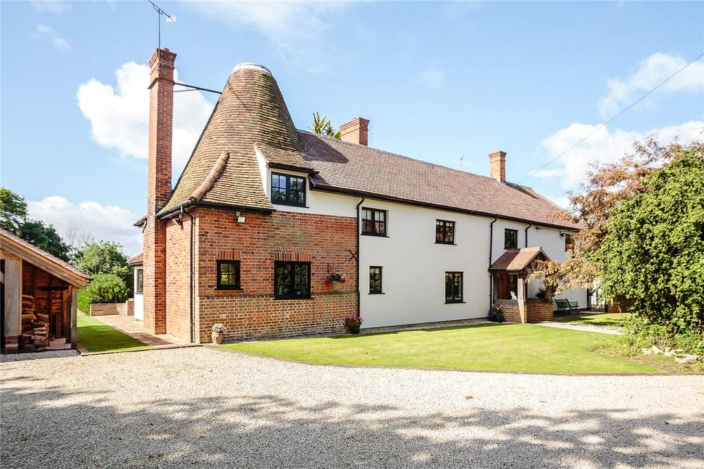 4 Bedrooms Detached House for sale in Mumfords Hill, Blackmore End, Braintree, Essex