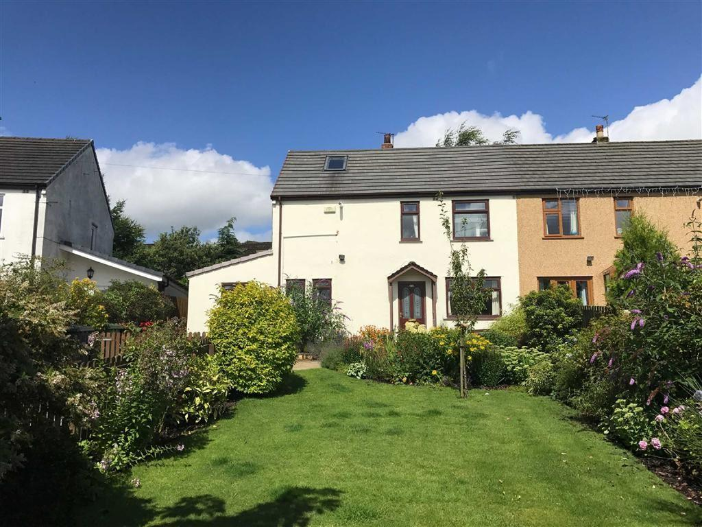 3 Bedrooms Semi Detached House for sale in Wheatley Lane Road, Fence, Lancashire