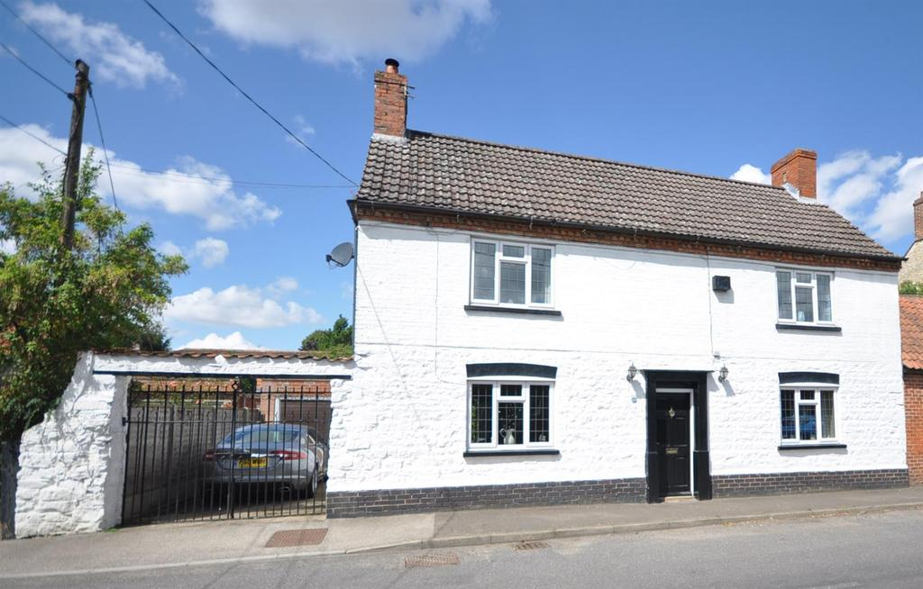 4 Bedrooms Cottage House for sale in Brant Broughton