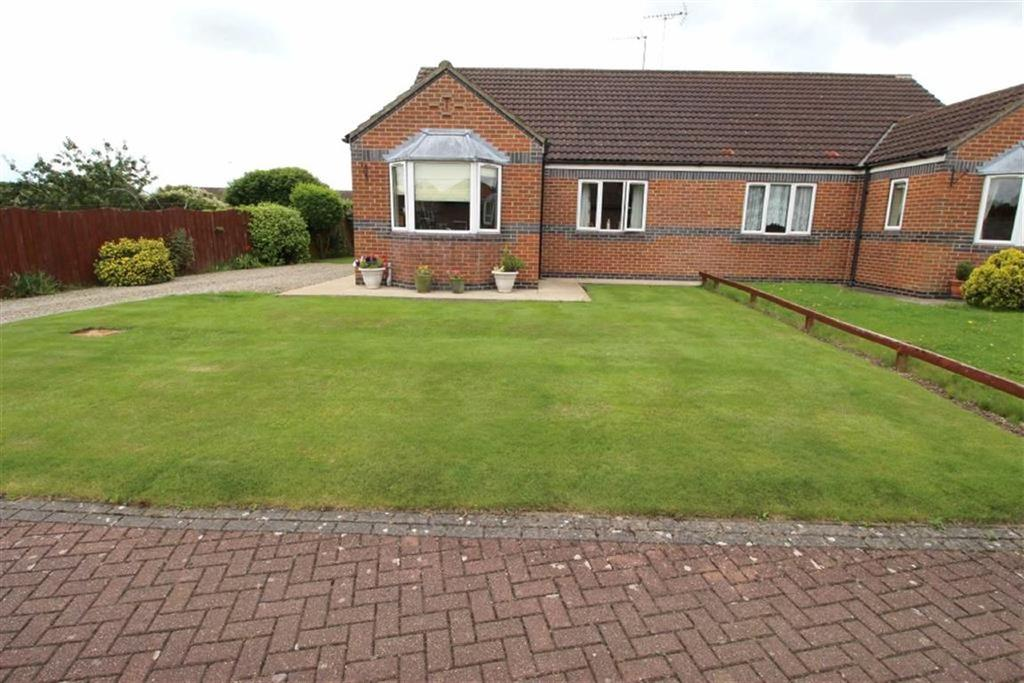 2 Bedrooms Semi Detached Bungalow for sale in The Garth, Driffield, East Yorkshire