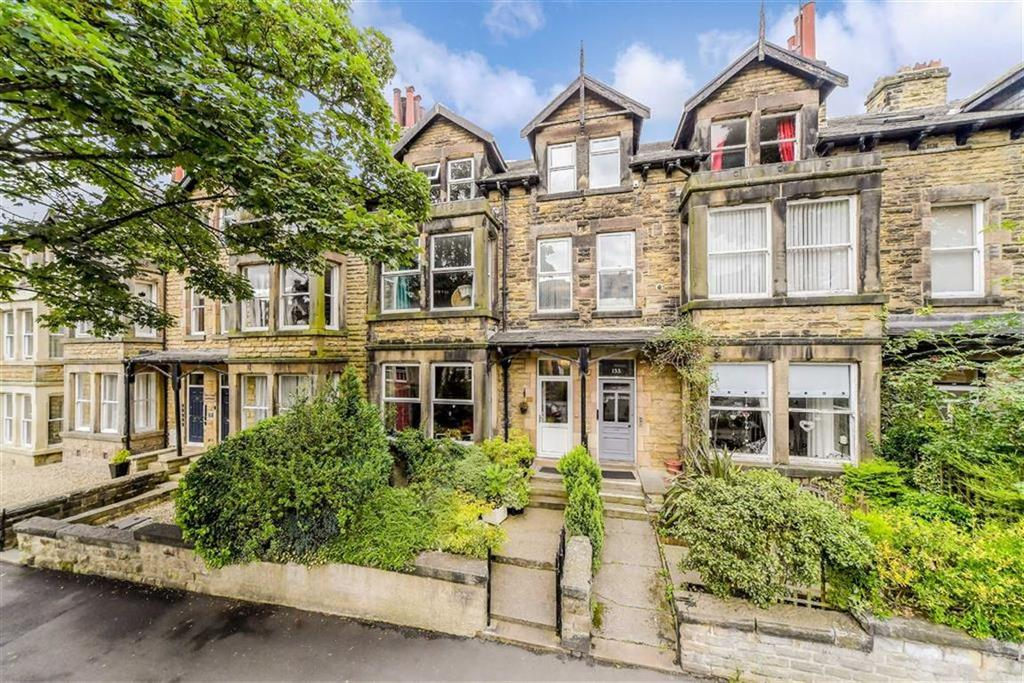 5 Bedrooms Terraced House for sale in Valley Drive, Harrogate, North Yorkshire