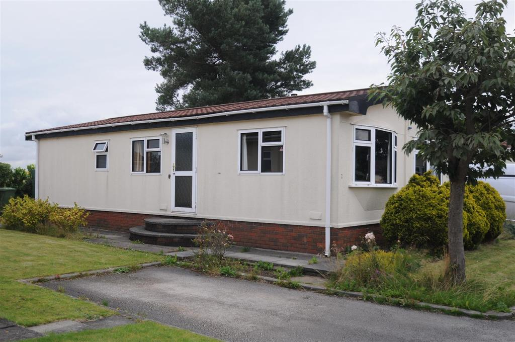 2 Bedrooms Park Home Mobile Home for sale in Nursery Park, Delamere Road, Norley