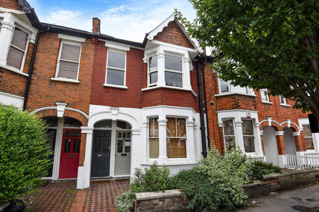 2 Bedrooms Flat for sale in Duntshill Road, Earlsfield