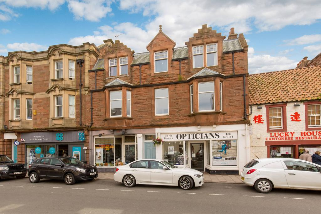 3 Bedrooms Flat for sale in 121A High Street, North Berwick, EH39 4HB