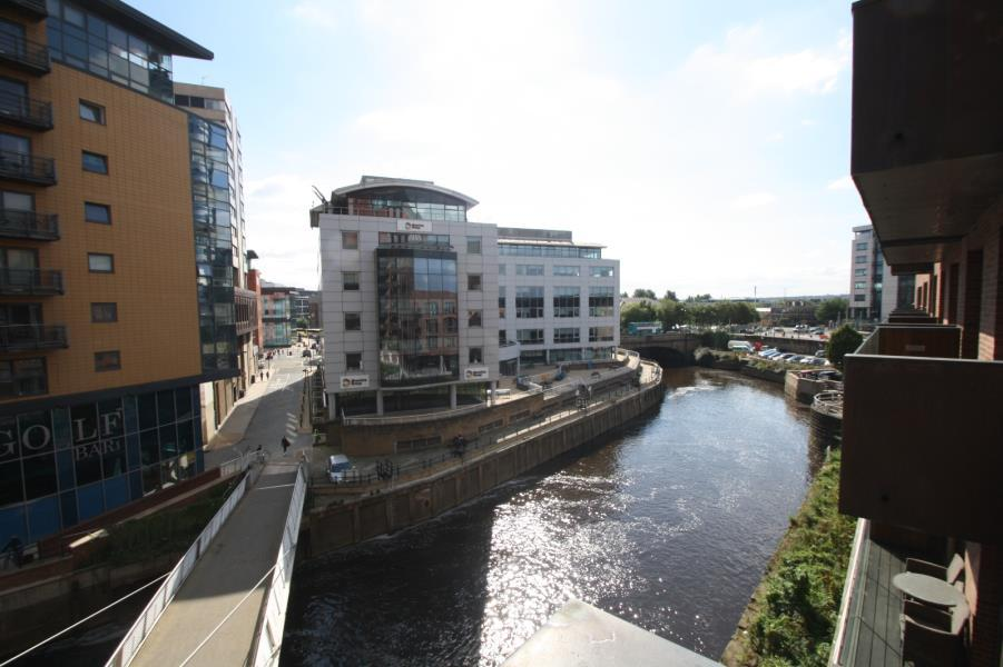 1 Bedroom Apartment Flat for sale in WATERMANS PLACE, 3 WHARF APPROACH, LEEDS, LS1 4GN
