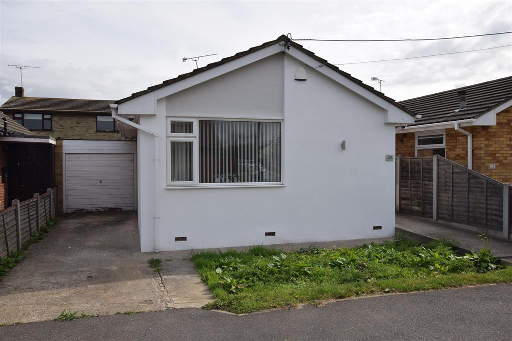 1 Bedroom Bungalow for sale in Daarle Avenue, Canvey Island