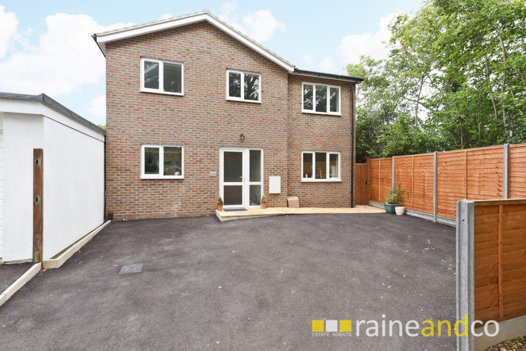 4 Bedrooms House for sale in Park View, Stevenage, SG2