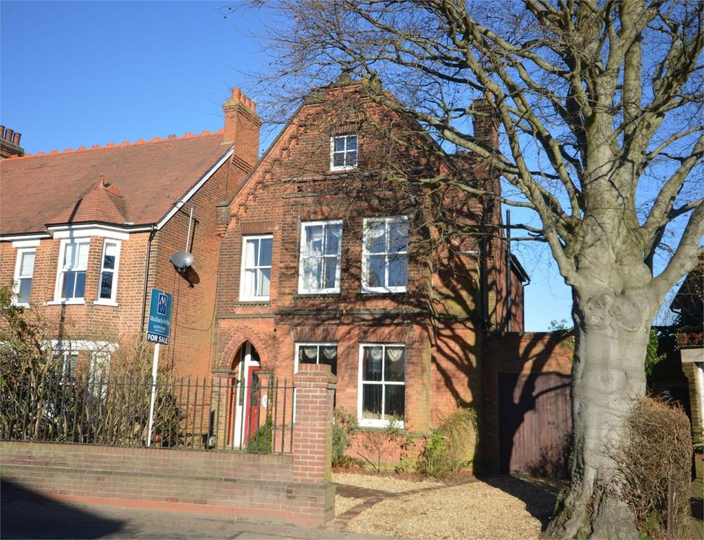 6 Bedrooms Detached House for sale in Dunmow Road, Bishop's Stortford, CM23