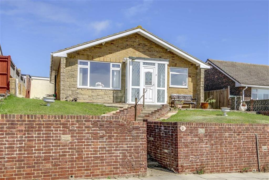 3 Bedrooms Detached Bungalow for sale in St. Andrews Drive, Seaford