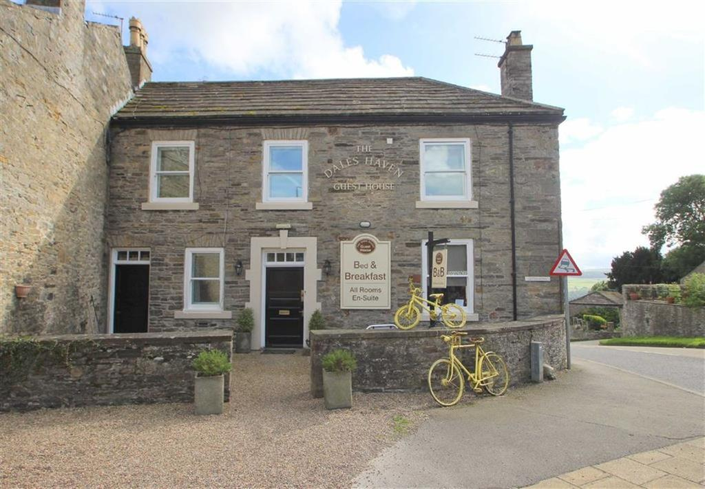 7 Bedrooms Unique Property for sale in Market Place, Leyburn, North Yorkshire