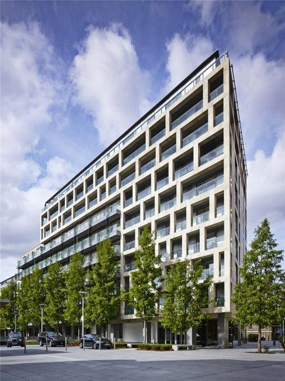 3 Bedrooms Flat for sale in Moore House, Grosvenor Waterside, 2 Gatliff Road, London, SW1W