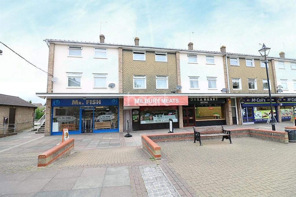 2 Bedrooms Flat for sale in Watchhouse Road, Chelmsford