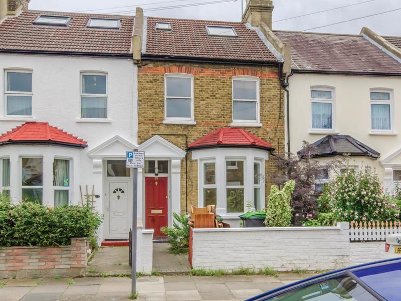 2 Bedrooms Ground Flat for sale in Selborne Road, N22