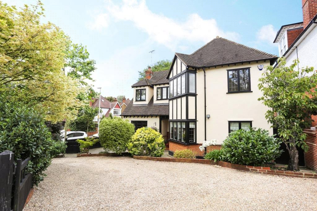 6 Bedrooms Detached House for sale in Monkhams Drive, Woodford Green, Essex, IG8