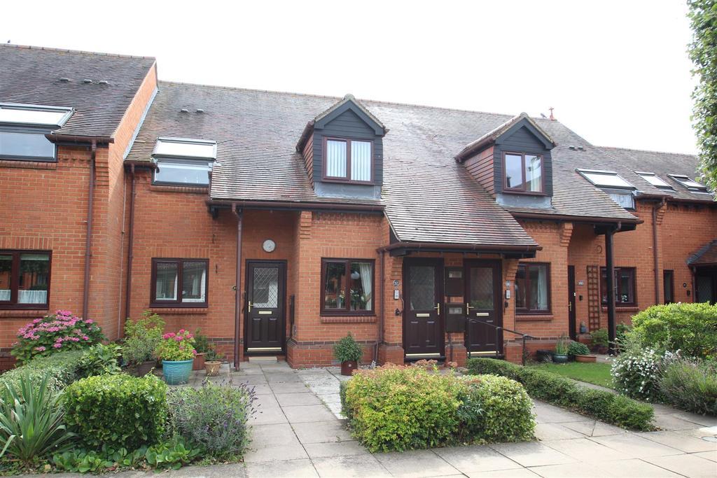 2 Bedrooms Sheltered Housing Retirement Property for sale in Fegans Court, Stony Stratford, Milton Keynes