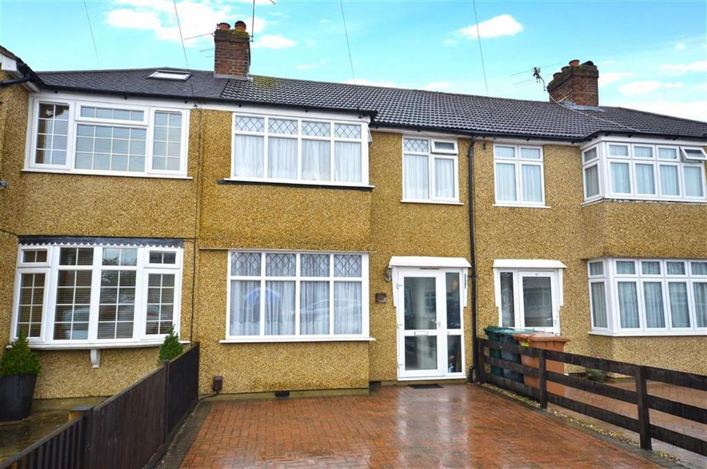 3 Bedrooms Terraced House for sale in Barton Way, Croxley Green, Hertfordshire