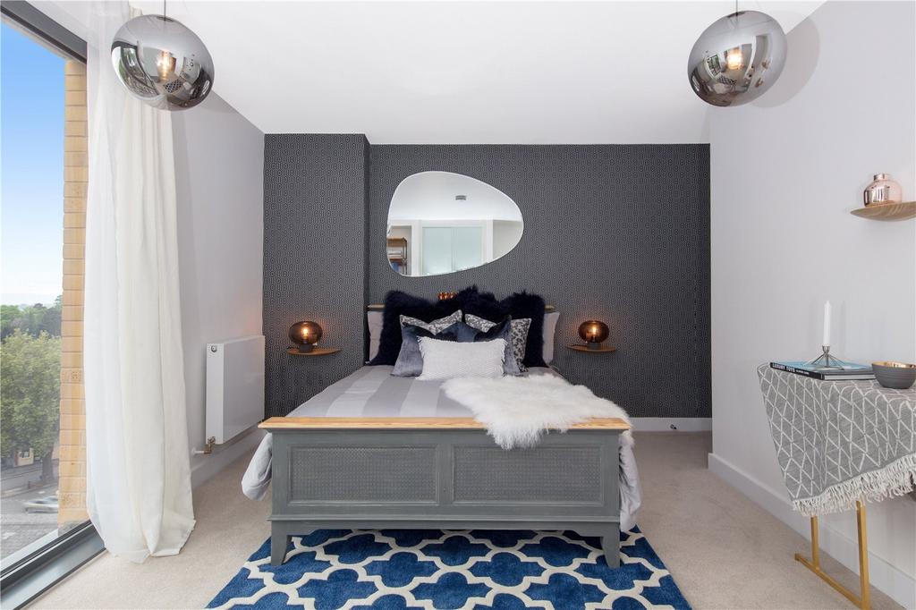 2 Bedrooms Flat for sale in S23 Bourchier Court, London Road, Sevenoaks, Kent, TN13