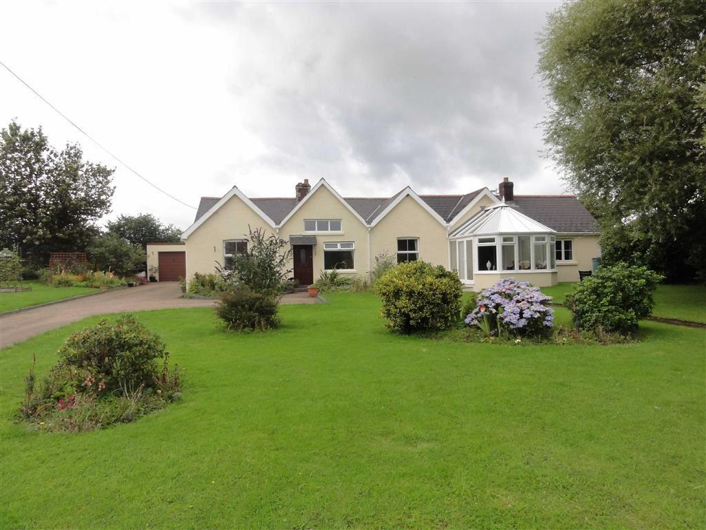 5 Bedrooms Bungalow for sale in Meeth, Meeth, Okehampton, Devon, EX20