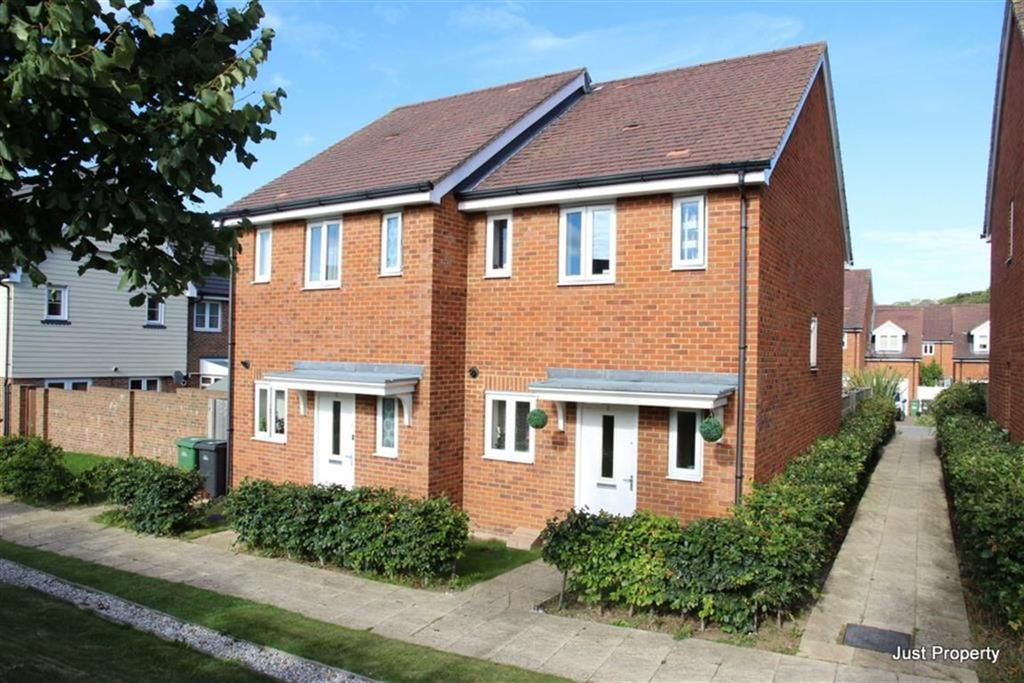 2 Bedrooms Semi Detached House for sale in Ore Valley Road, Hastings