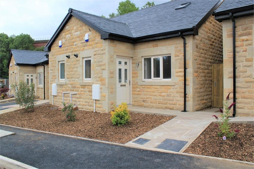 2 Bedrooms Semi Detached House for sale in Dale View, Billington