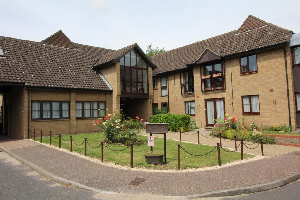 1 Bedroom Retirement Property for sale in Kingfisher Lodge, The Dell, Chelmsford, Essex, CM2