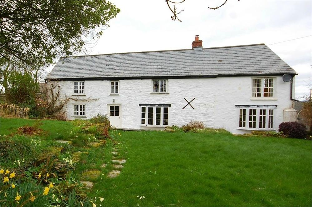 4 Bedrooms Country House Character Property for sale in St Veep, Lostwithiel, Cornwall