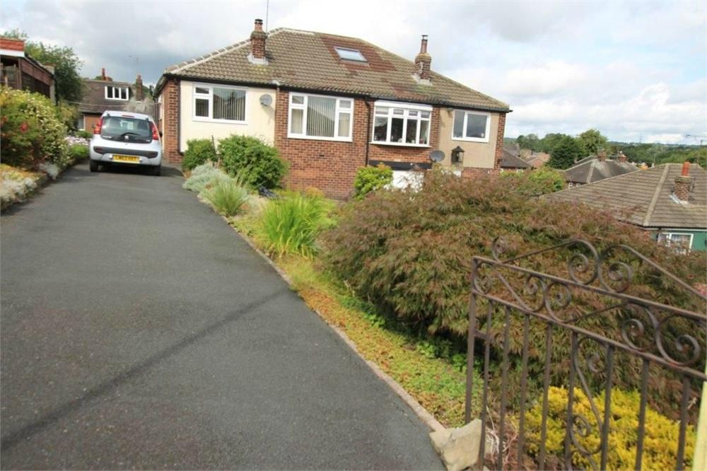 2 Bedrooms Semi Detached Bungalow for sale in Smithies Moor Rise, Birstall, BATLEY, West Yorkshire