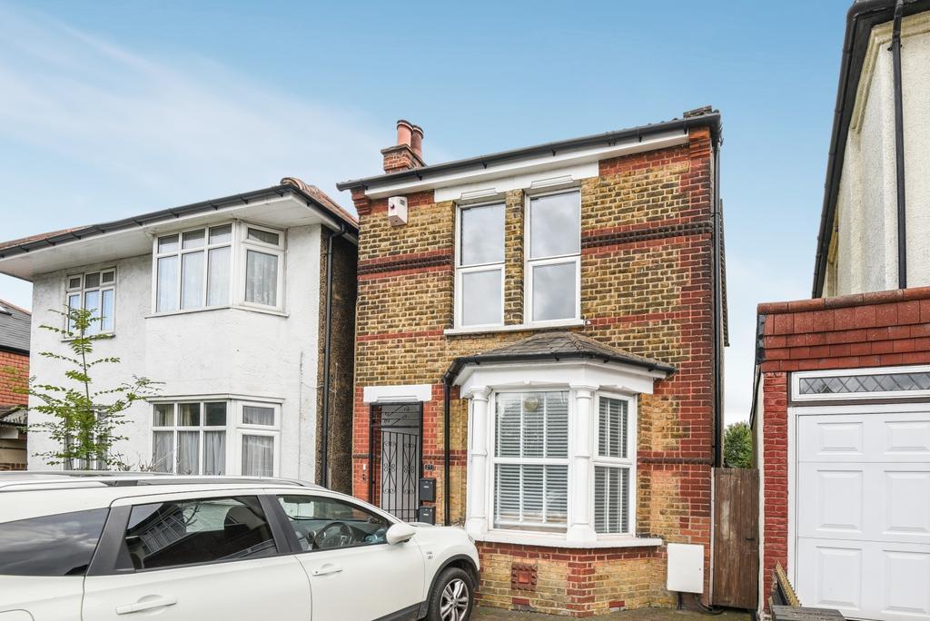 1 Bedroom Flat for sale in Southwood Road London SE9
