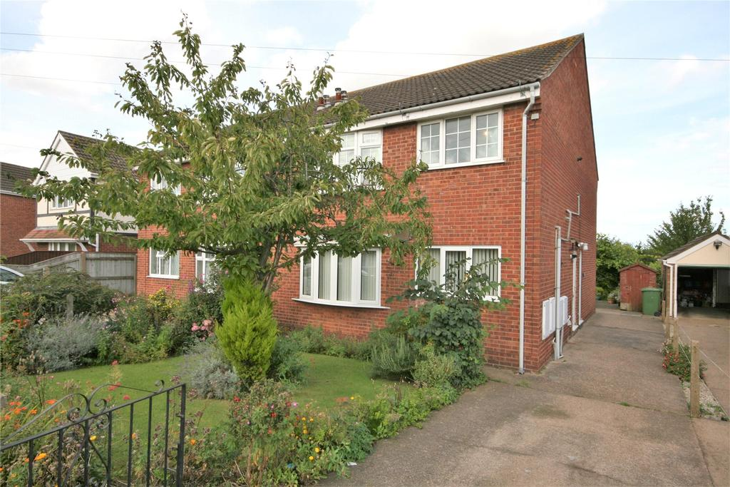 2 Bedrooms Flat for sale in Faulding Way, Wybers Wood, DN37