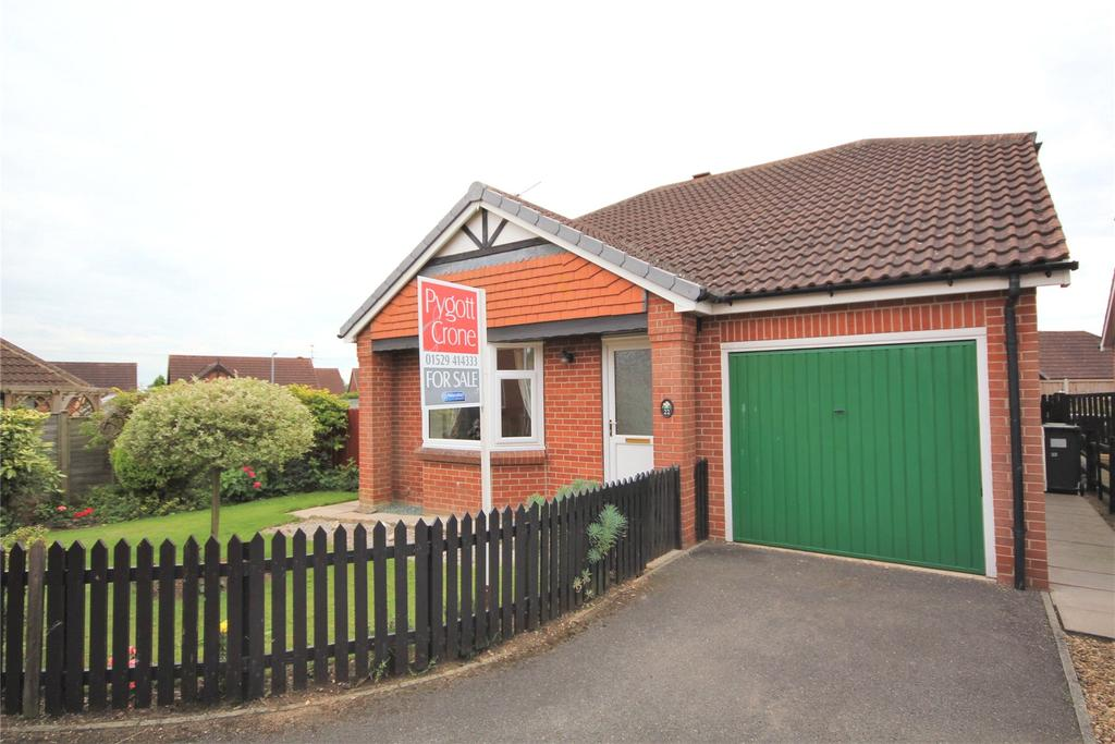 3 Bedrooms Detached Bungalow for sale in Shrubwood Close, Heckington, NG34