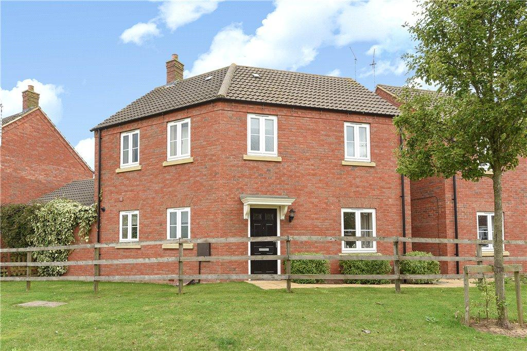 3 Bedrooms Detached House for sale in Maltings Row, Deanshanger, Milton Keynes, Northamptonshire