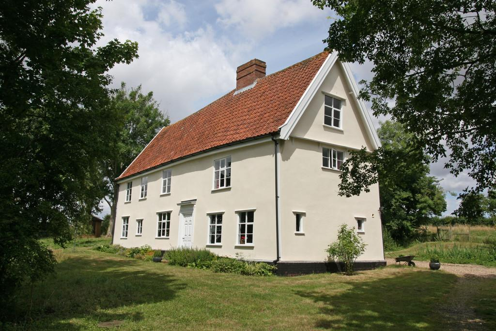 3 Bedrooms Farm House Character Property for sale in Wissett, Nr Halesworth, Suffolk