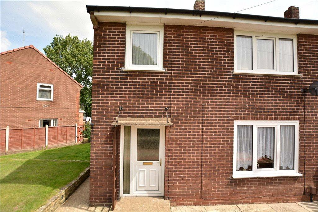 3 Bedrooms Semi Detached House for sale in Swinnow Lane, Leeds, West Yorkshire