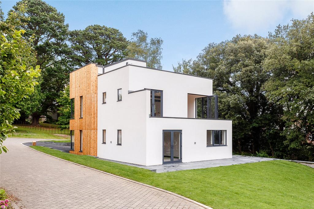 4 Bedrooms Detached House for sale in Daracombe Park, Mile End Road, Newton Abbot, Devon