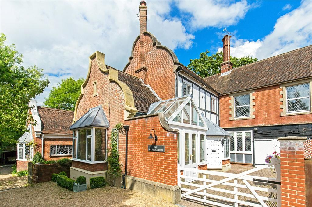 3 Bedrooms Semi Detached House for sale in Finches Lane, Lindfield, Haywards Heath, West Sussex, RH16