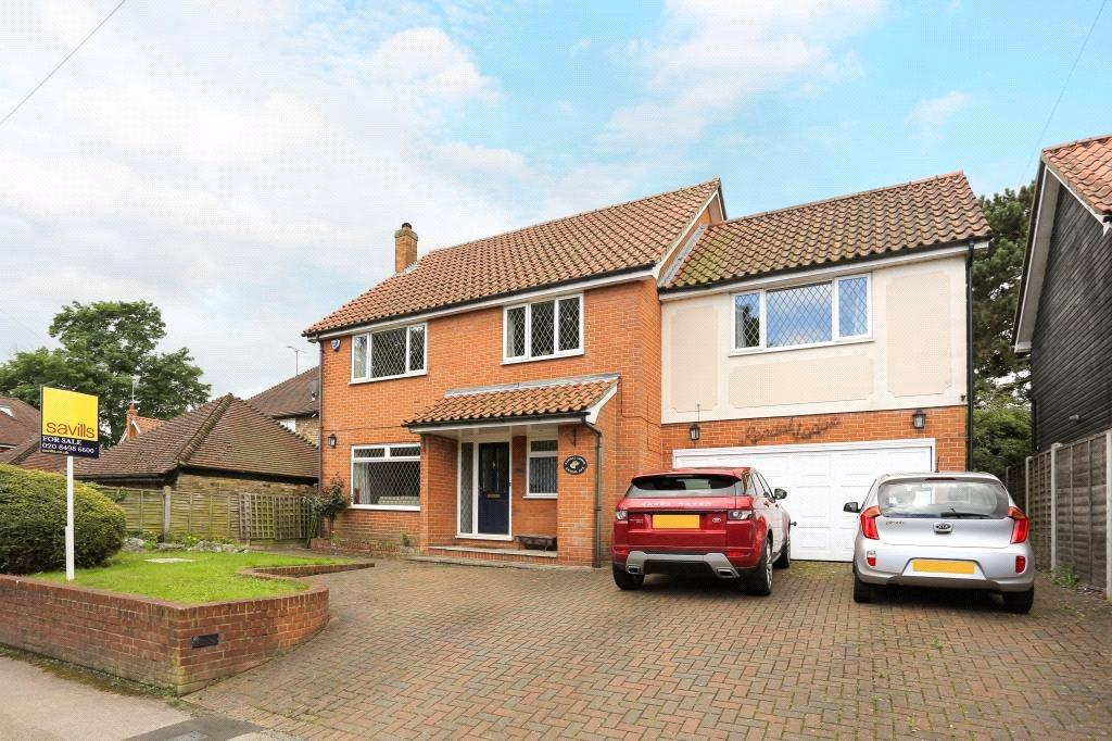 5 Bedrooms Detached House for sale in Kendal Avenue, Epping, Essex, CM16