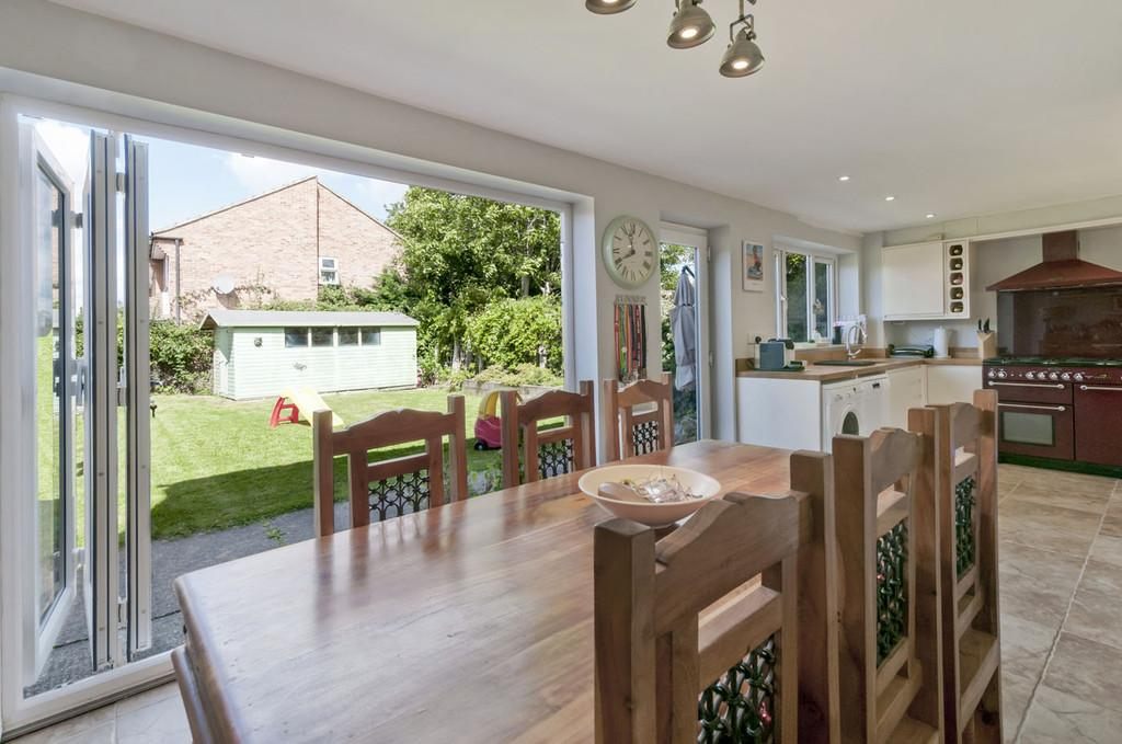 4 Bedrooms Detached House for sale in Tutsham Way, Paddock Wood