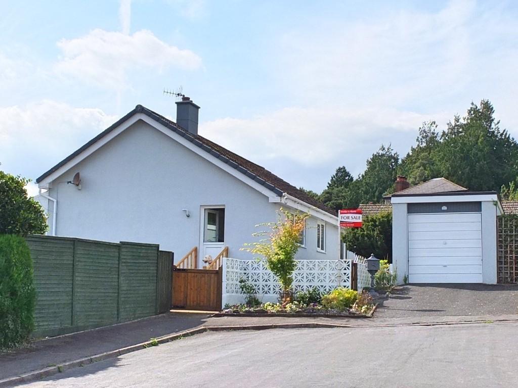 2 Bedrooms Detached Bungalow for sale in Ashburton, Devon
