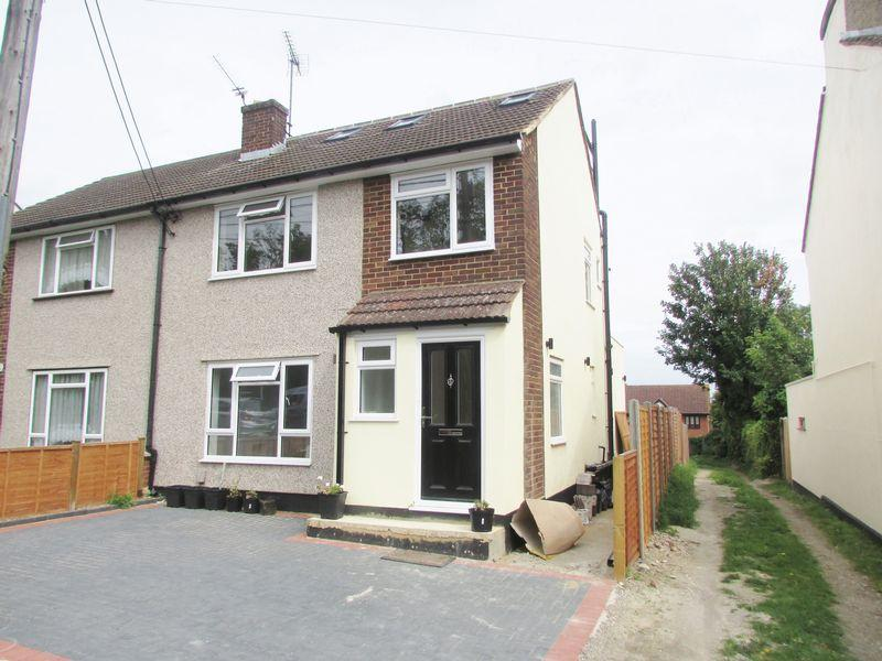 5 Bedrooms Semi Detached House for sale in Home Hill, Hextable