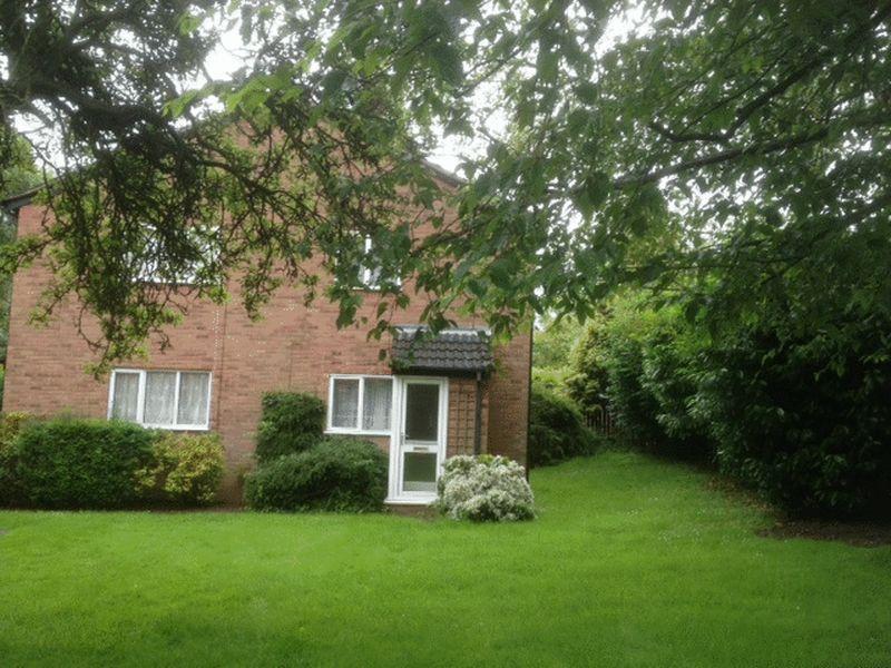 1 Bedroom Semi Detached House for sale in Woodlands Ct, Earlsdon Avenue South, Earlsdon, CV5 6RB