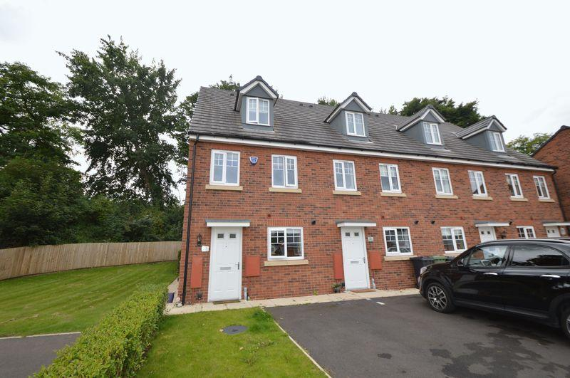 3 Bedrooms End Of Terrace House for sale in Nash Gardens, Wollaston